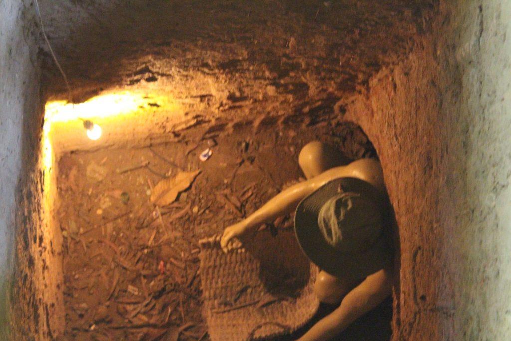 chu chi tunnels Vietnam