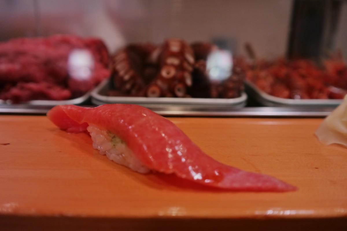 Fatty tuna sushi dai